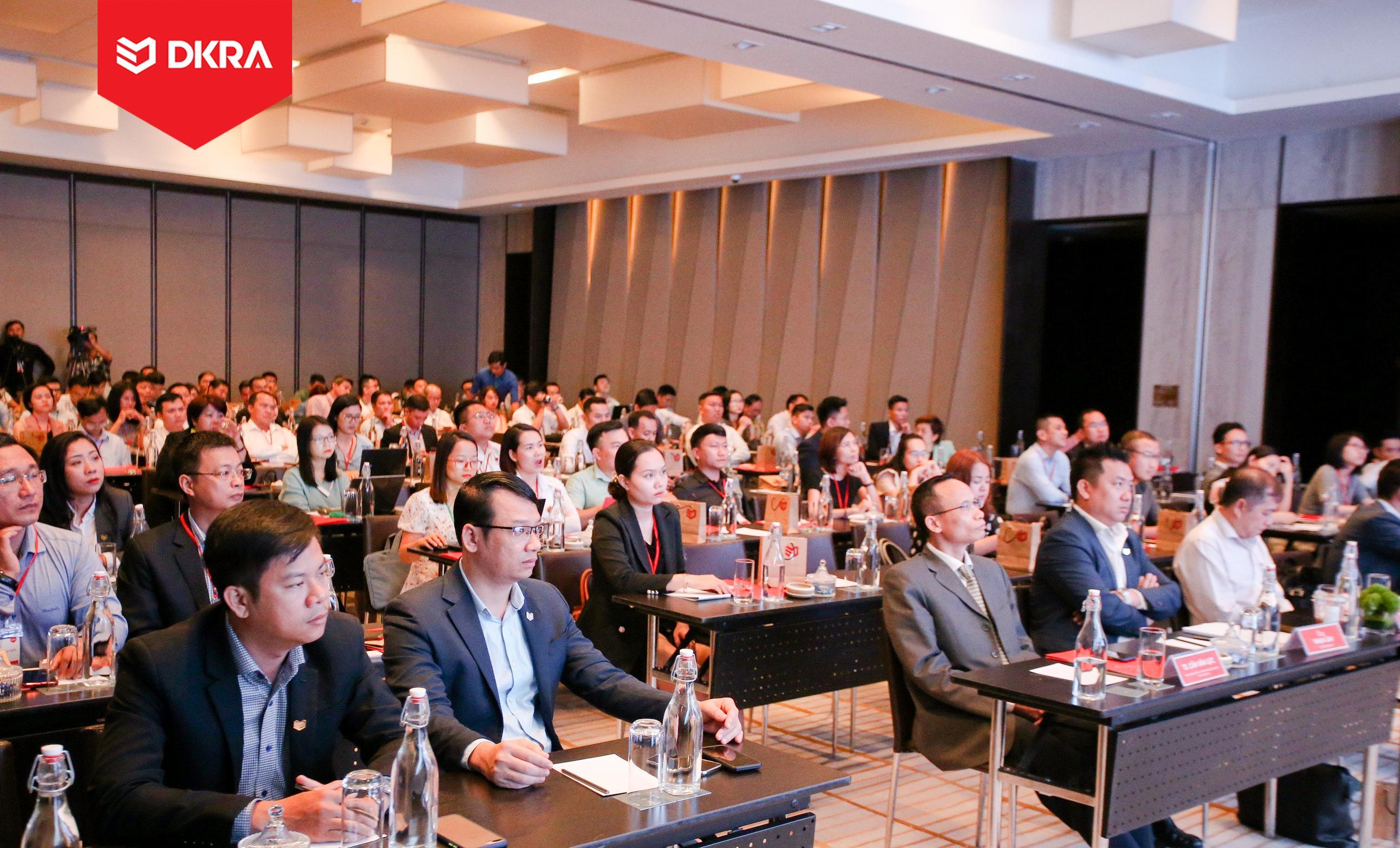 Với nội dung bám sát thực tế, thông tin diễn biến thị trường tại chương trình Báo cáo thị trường bất động sản nhà ở TP.HCM của DKRA Vietnam luôn được đón nhận và đánh giá cao.